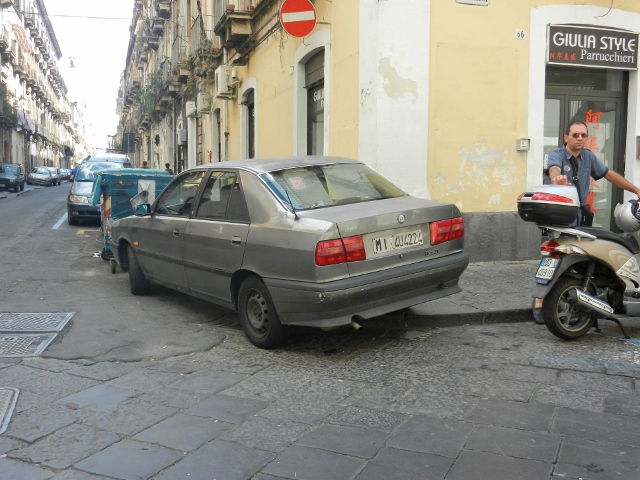 Parking in Catania