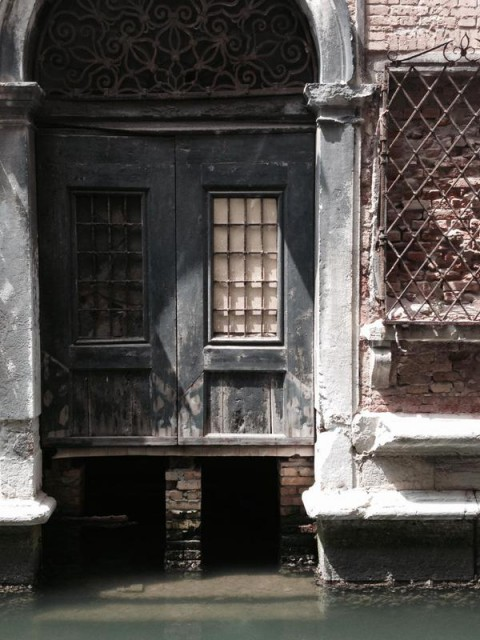 Secret glimpses in Venice by Valerie du Monceau