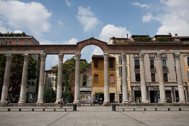 Colonne di San Lorenzo Milan Photo by Liza (Flickr) https://www.flickr.com/photos/lizadaly/