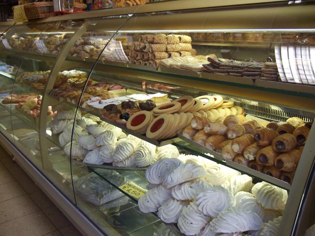 Burano cookies photo by Margie Miklas