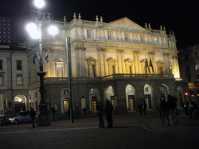 La Scala Photo by IK's World Trip (Flickr) https://www.flickr.com/photos/ikkoskinen/