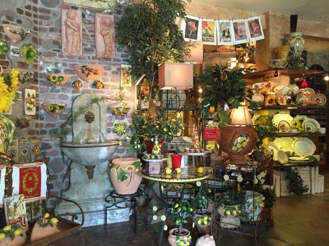 La Bella Vita shop Photo by Margie Miklas