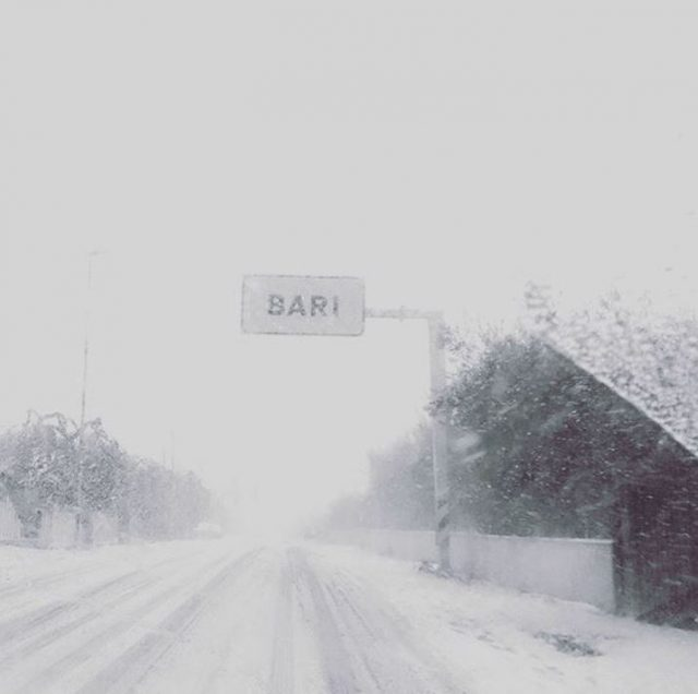 Snow in Bari Photo by @bariailoviu