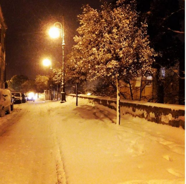 Snow in Mottola Photo by @domenicodelia