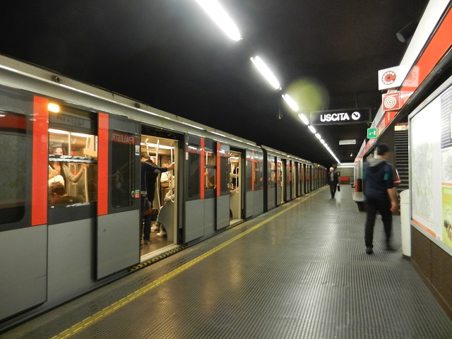 metro Milan photo by margie Miklas